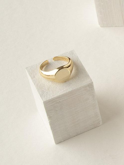 Sophia Signet Ring