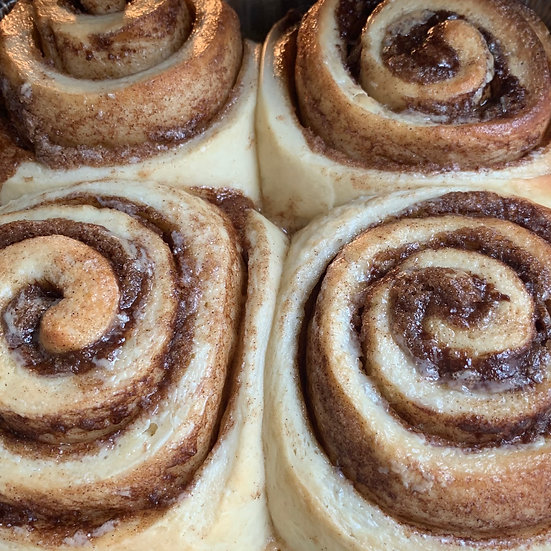 Jumbo Cinnamon Roll 4-Packs
