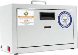 CS100 – UV Sanitizer Box