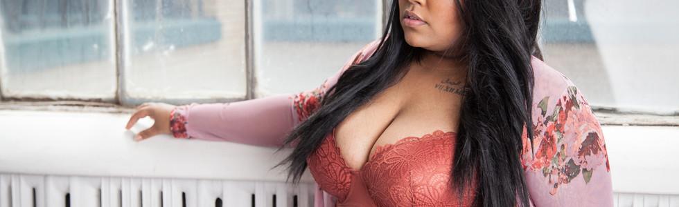 Plus size bombshell in bra