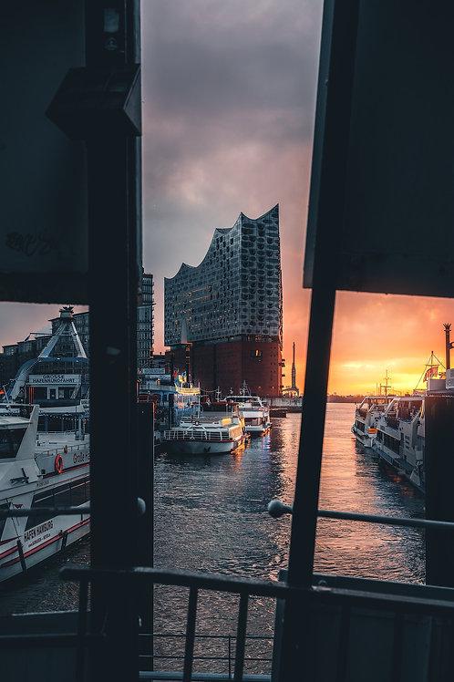 Hamburg - Elbphilharmonie gerahmt
