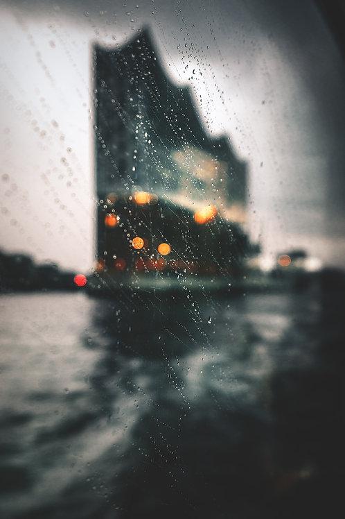 Hamburg - Elbphilharmonie im Sturm