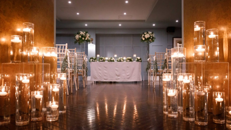 Weddings-Candles-Giraffe-Flowers.jpg