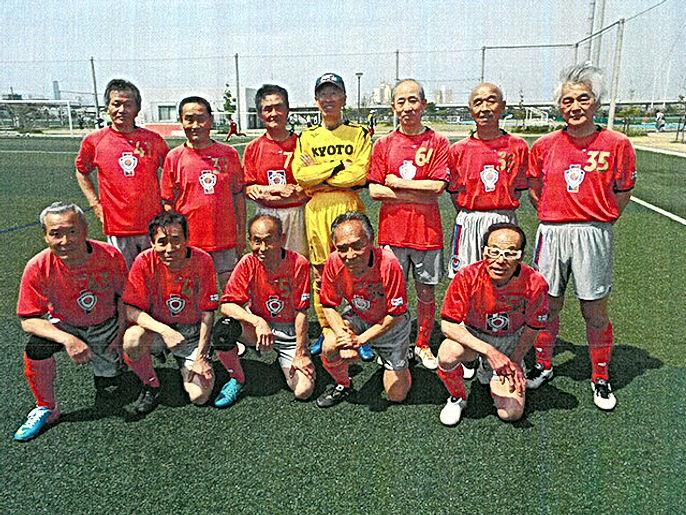 team_11.jpg京都府シニア70の1.jpg