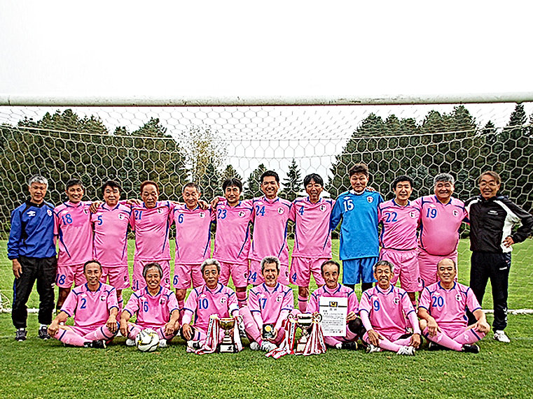 team_01.jpg室蘭シニア60の1.jpg
