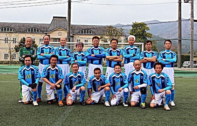 team_06.jpg横須賀シニア60.jpg