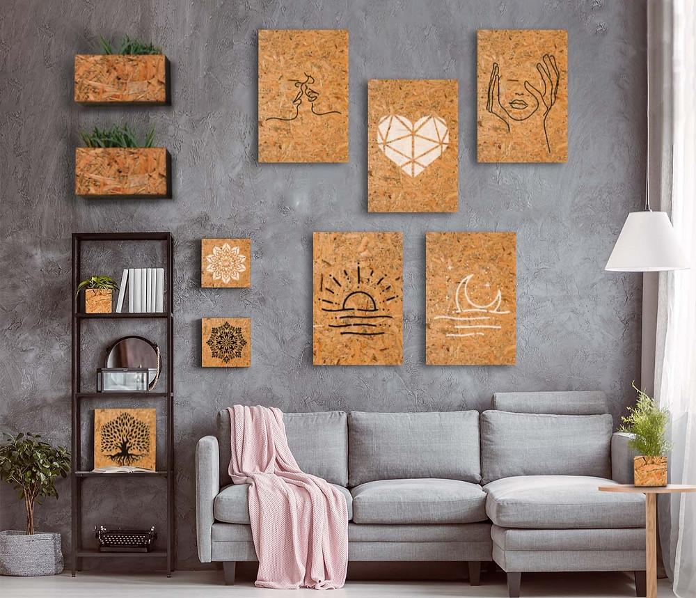 . סלון עם תמונות ואקססורייז לבית מעץ ממוחזר. דוגמא לעיצוב שניתן ליצור עם רהיטים מעץ ממוחזר