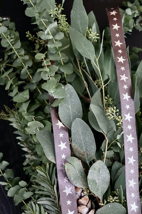 Festive Foliage Hand-Tie (Fresh)