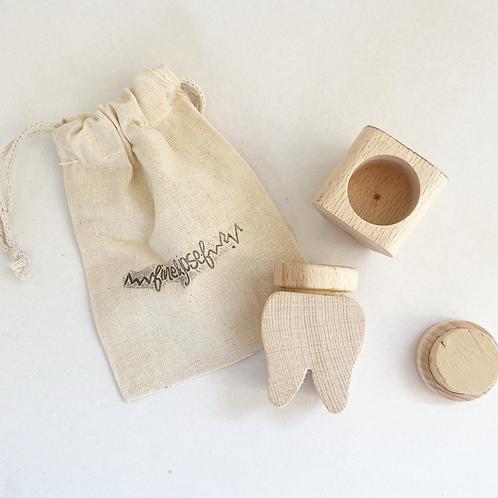 Zahndose mit Deckel aus Buchenholz