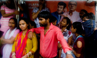 People waits for the bus in Mumbai