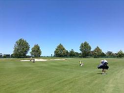 junior golf camp 4 round arter practicin
