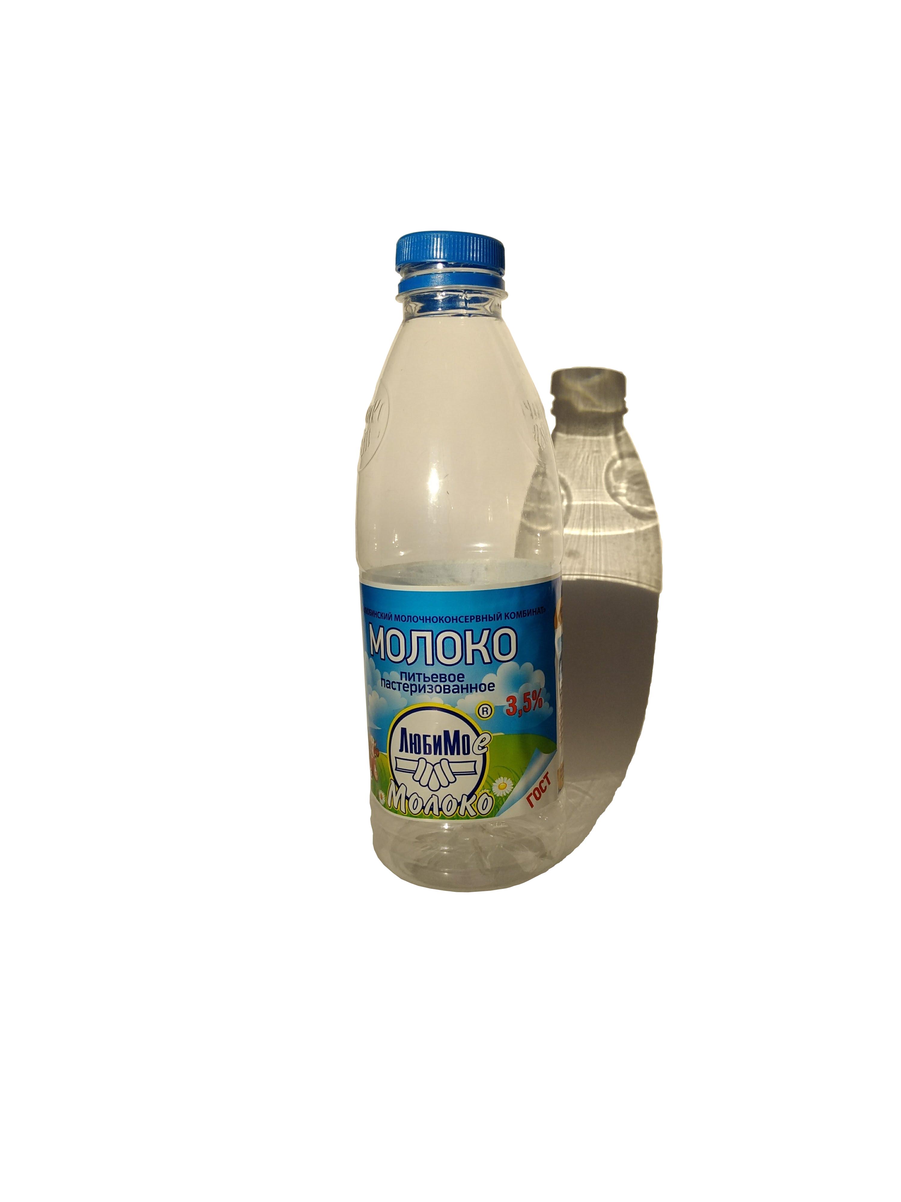 Молоко в полипропиленовой банке