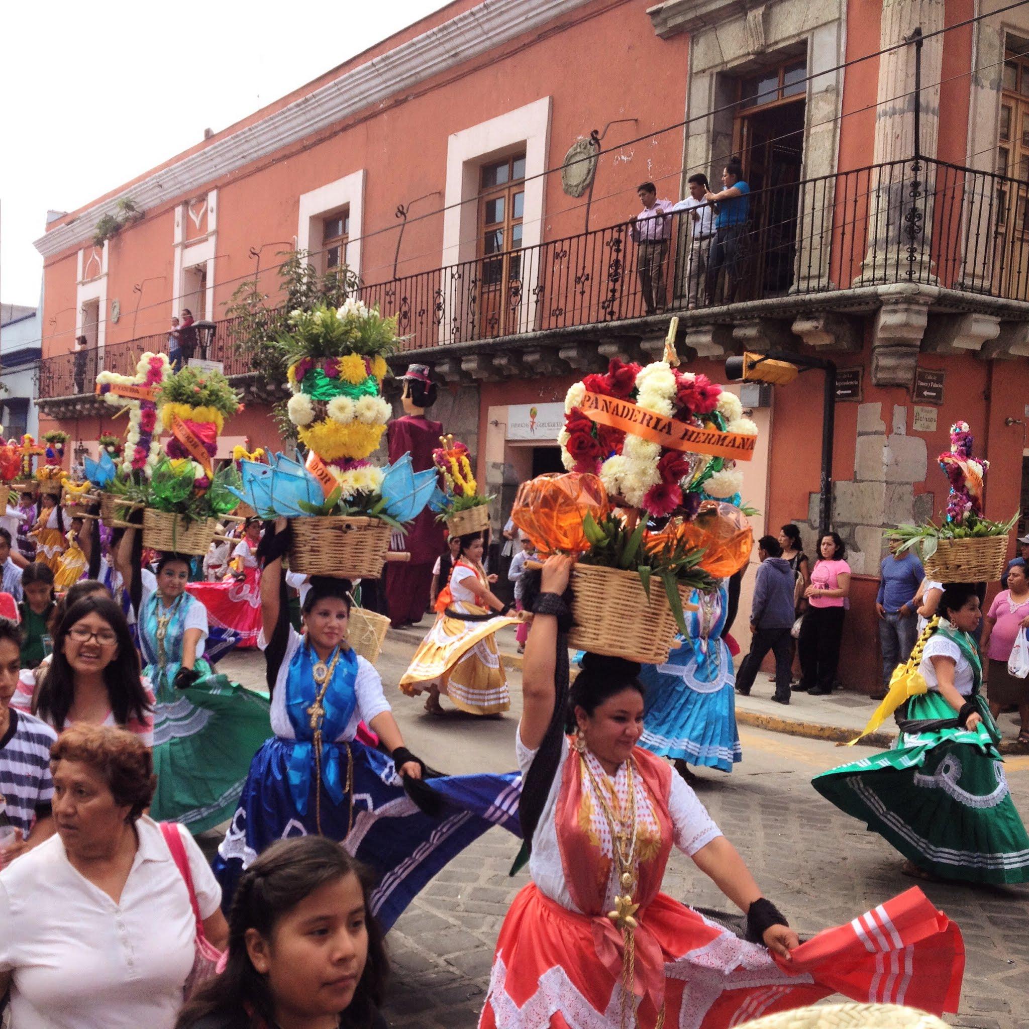 Calenda during Guelaguetza