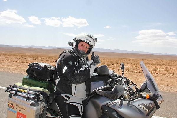 Thomas Woodrow - Desert Riding on a Tenere