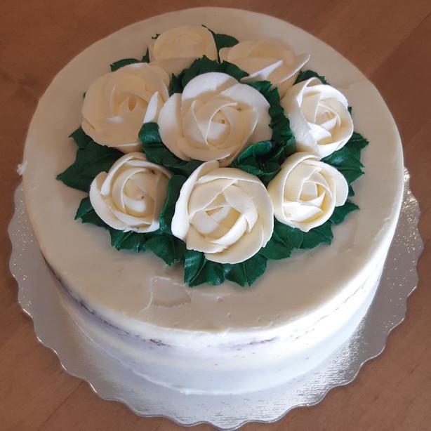 Custom Cake 3.jpg