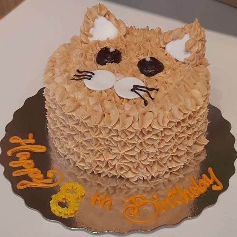Kitty cake 1.jpg