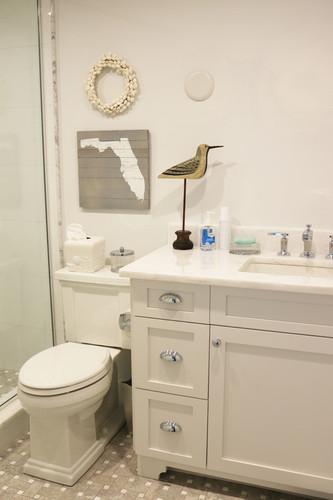 beach-style-bathroom.jpg