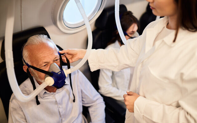 hyperbaric oxygen therapy may slow down alzheimer's