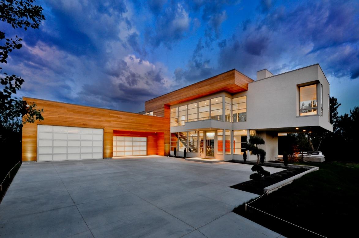 modern-aluminum-fullview-garage-door