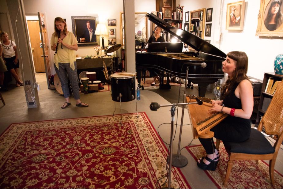 Simona Minns@ Gallery Opening
