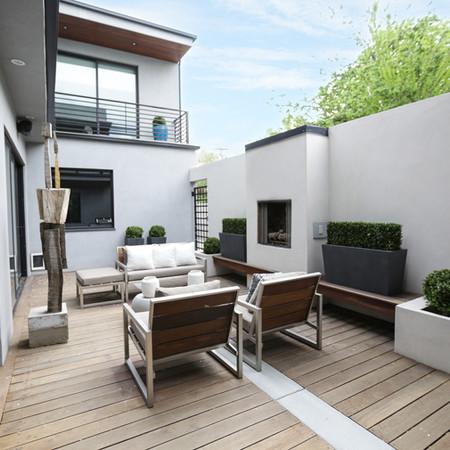 Modern Courtyard