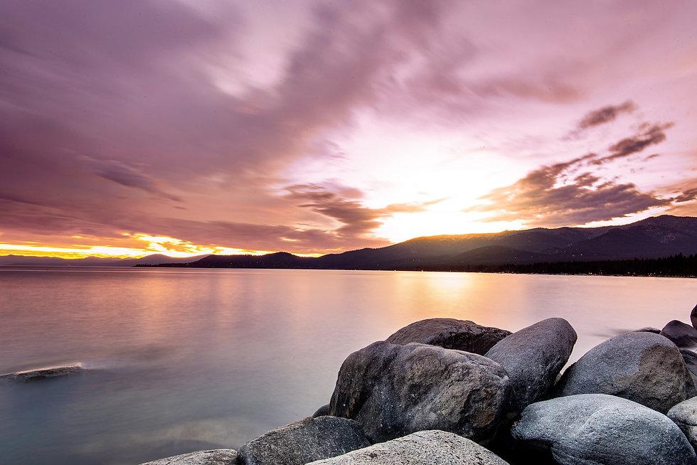 sunset-5678927_1920.jpg