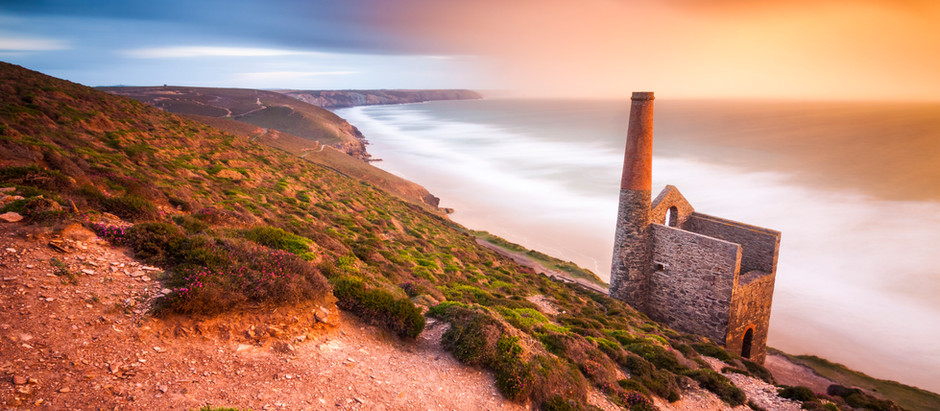 The Best Ways To Spend Rainy Days In Cornwall! What To Do, Where To Visit & What You Need To Know!