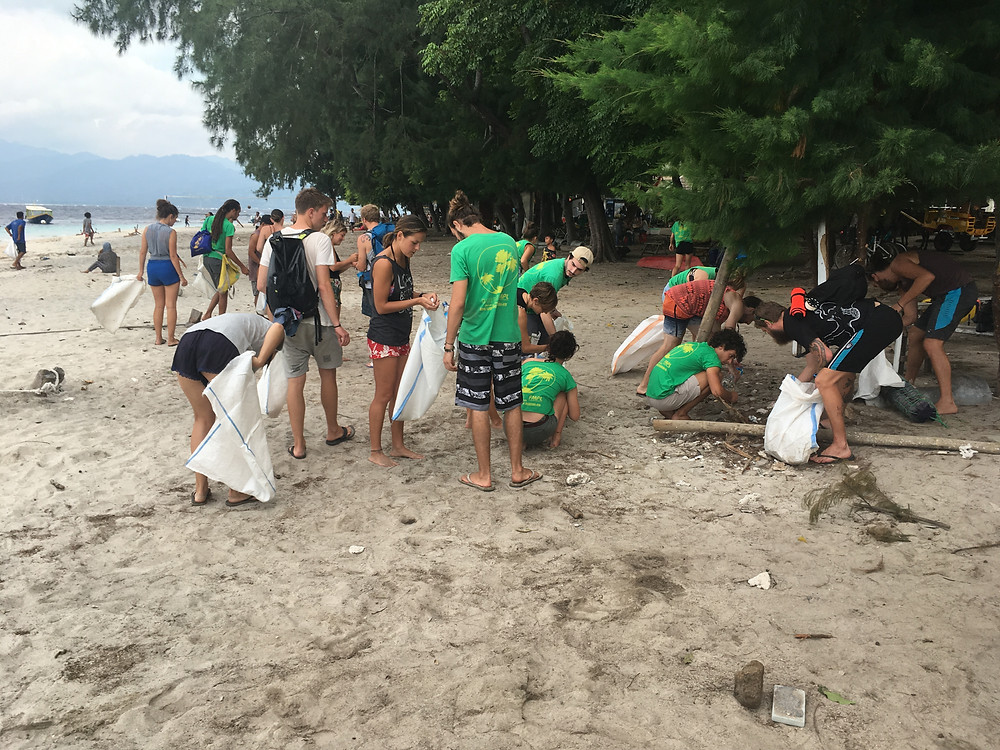 Gili Eco Trust Beach Clean, Gili Trawangan, Indonesia