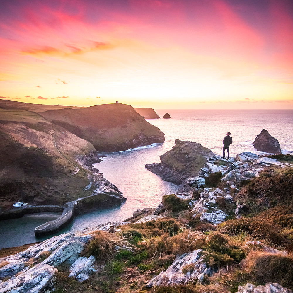 Sunset, Boscastle Harbour, Cornwall eco friendly flights eco travel tips