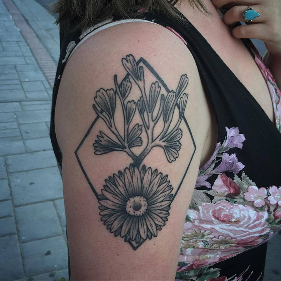 sun flower tattoo.jpg