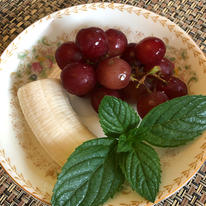 Fruit and Mint Side