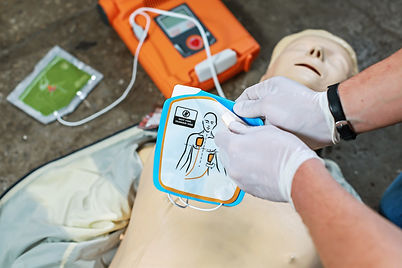 The20use20of20an20automatic20external20defibrillator20in20conducting20a20basic20cardiopulm