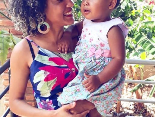 """""""A mãe solo negra luta contra o racismo, machismo e o sexismo"""""""