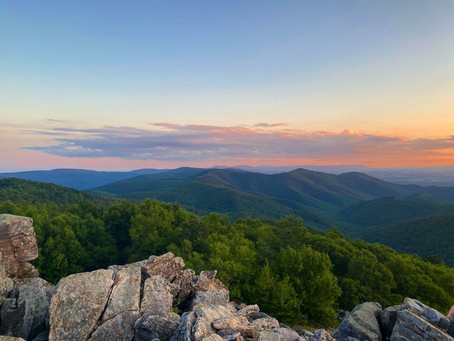 4 of The Best Hikes in The Blue Ridge Mountains