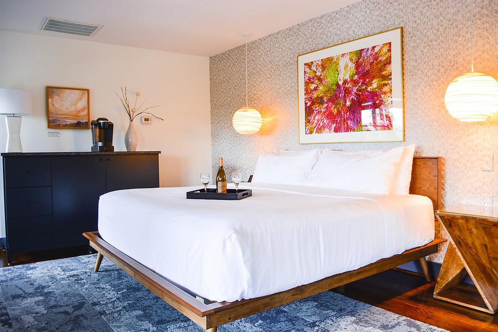 luxury inn, luxury stay, luxury vacation, mountain escape, inside main inn, iris inn, wine, romantic getaway, romantic retreat, couples retreat