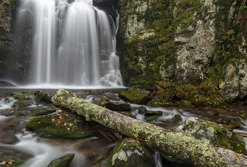 crabtree falls, hiking, blue ridge parkway, blue ridge mountains, Waynesboro, Virginia, travel, best hikes,