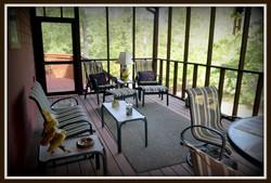 Eagels Perch Relaxing Screen Porch