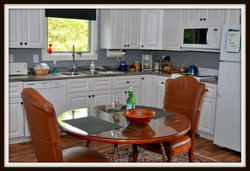wrens Nest Kitchen and Dining area