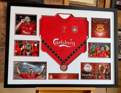 Steven Gerrard signed Liverpool FC football shirt