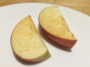 Apple slices turned brown: Are they bad apples, or just misunderstood?