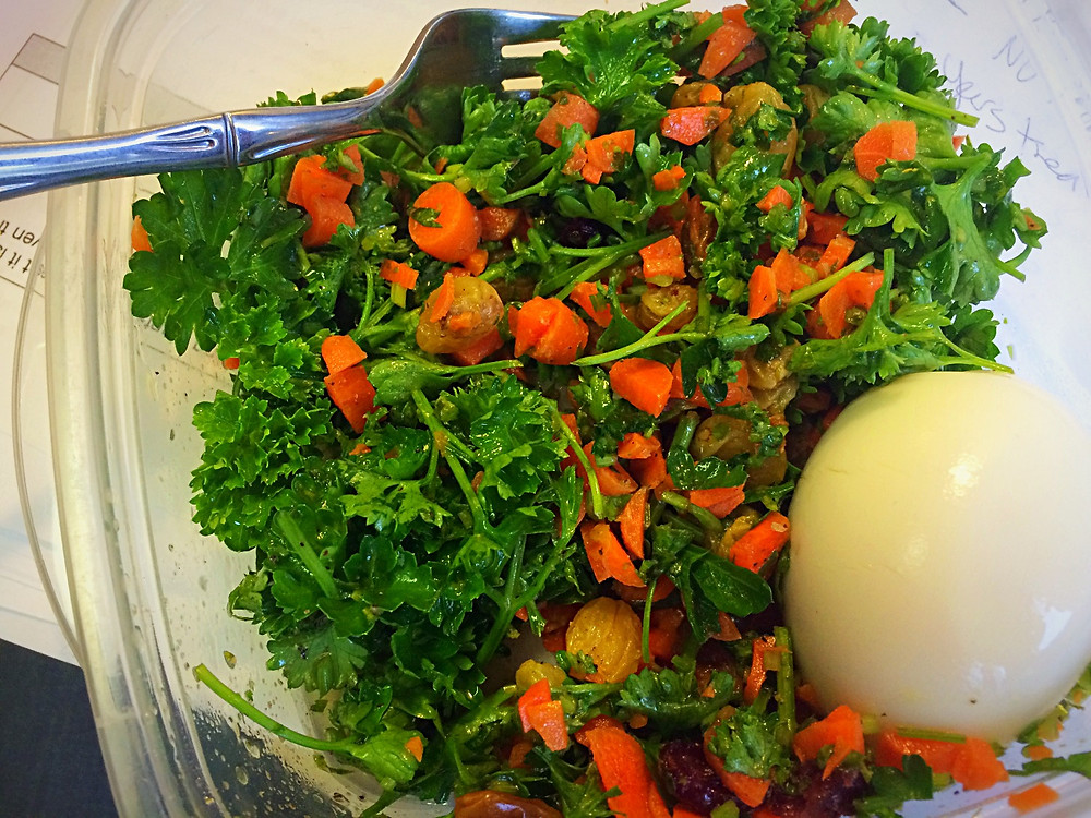 Use up leftover parsley as a base for a salad. This one, paired with an egg, made a great lunch at work.