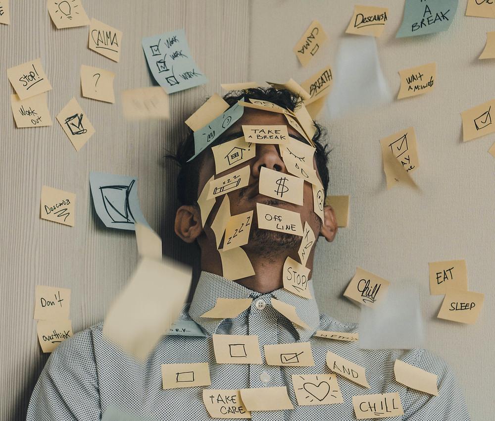 Travailleur, stress, post-it