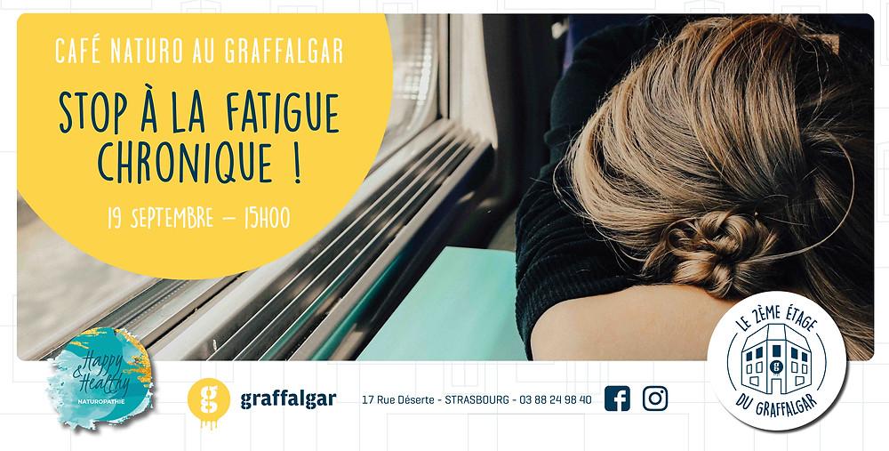 Cafe naturopathie, fatigue chronique, femme dormant dans un train