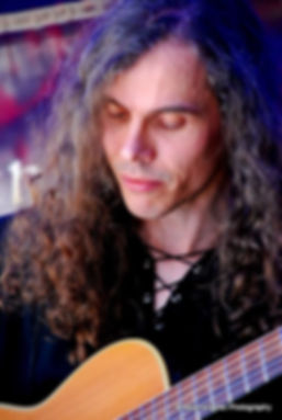 Jonathan Kershaw Music, acoustic guitar; photo by Moonshayde Photography