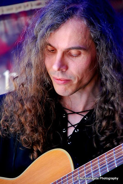 Jonathan Kershaw Music, acoustic guitar; photo by Moonshayde Photography