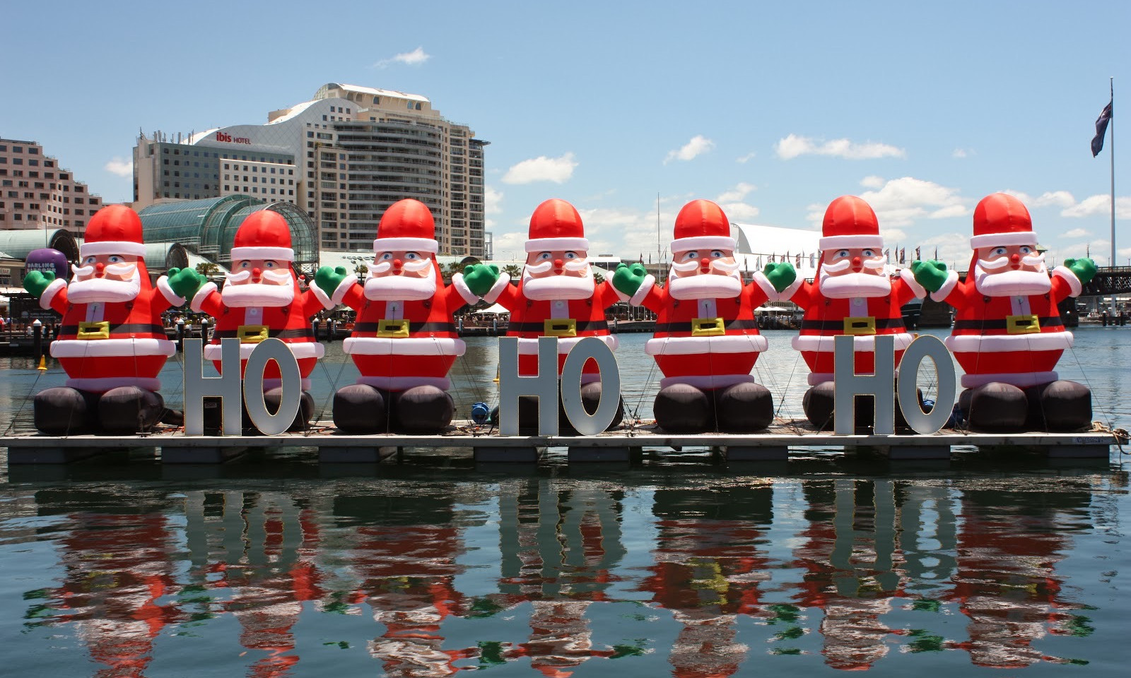 Darling Harbour Santa Fest.jpeg
