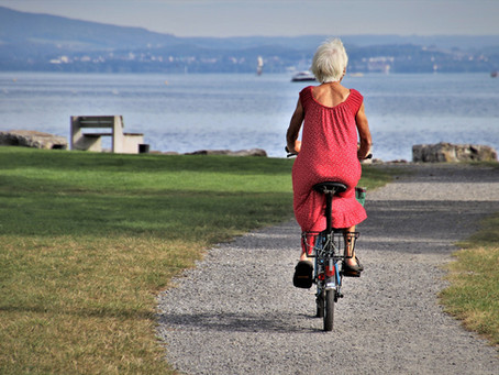 Dvojblok aneb blog dvou generací: S věkem roste sebedůvěra. Svoboda dává křídla na nový rozlet