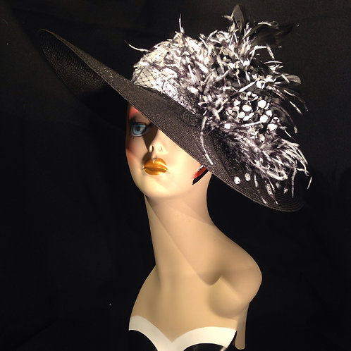 """Black Straw 5"""" Brim with Black and White Dots"""