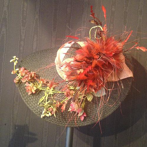 "Black braid straw 7"" with burgundy"