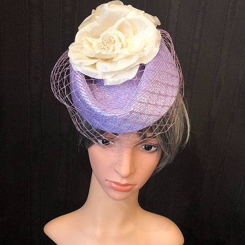 Lavender Straw Scottie with Net